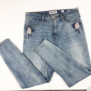 Lucky Brand skinny leg jeans